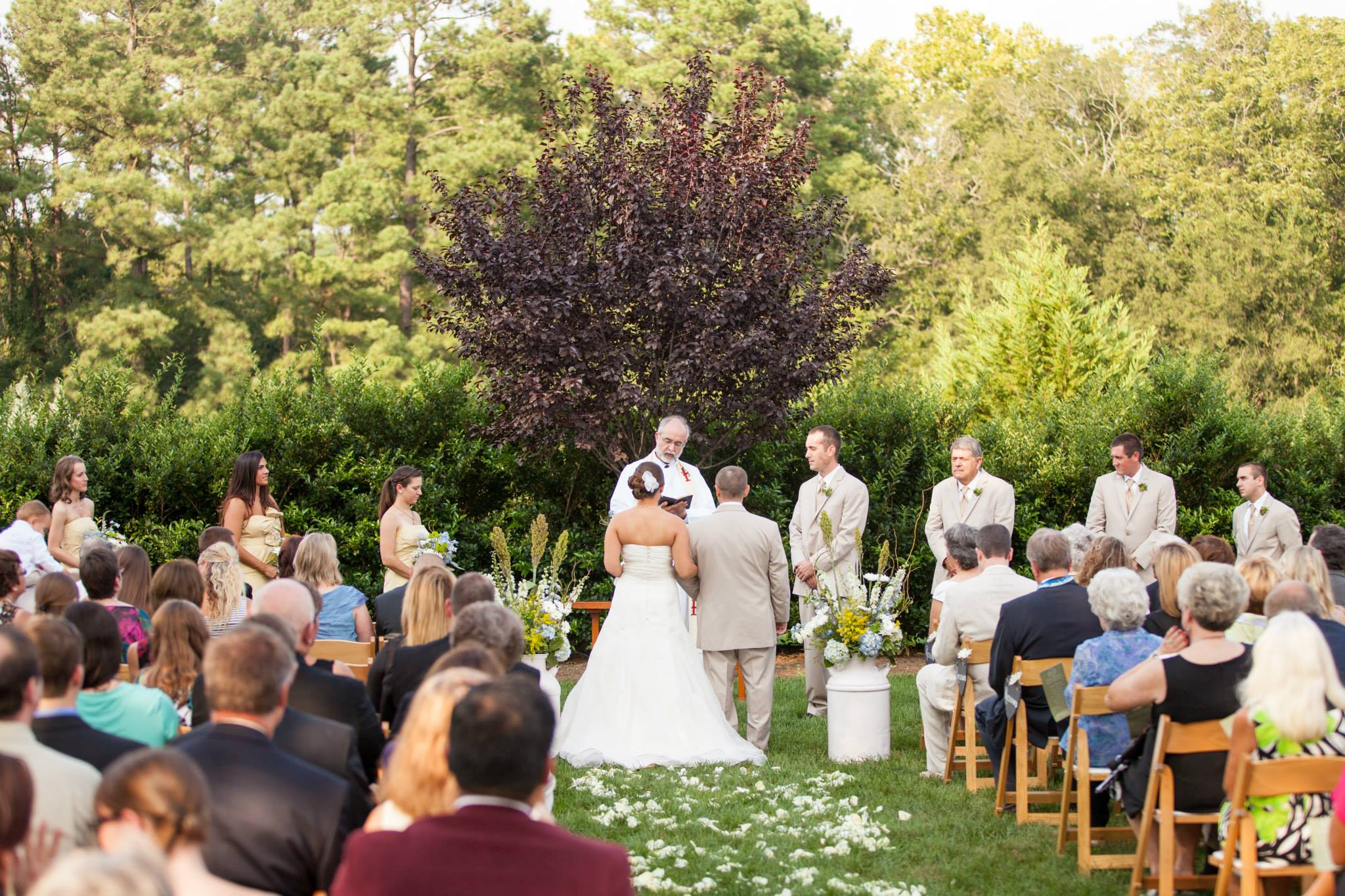 Raleigh nc outdoor wedding venue rand bryan house for Best wedding venues in the us